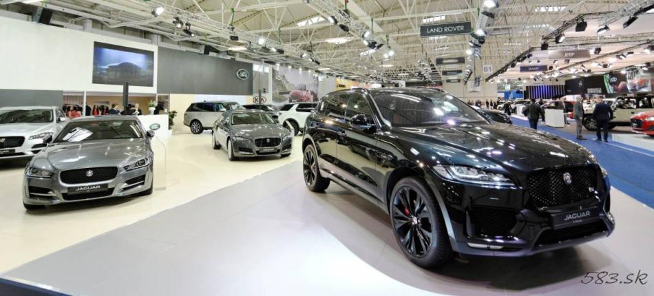 Stánok Jaguar na autosalóne v Bratislave